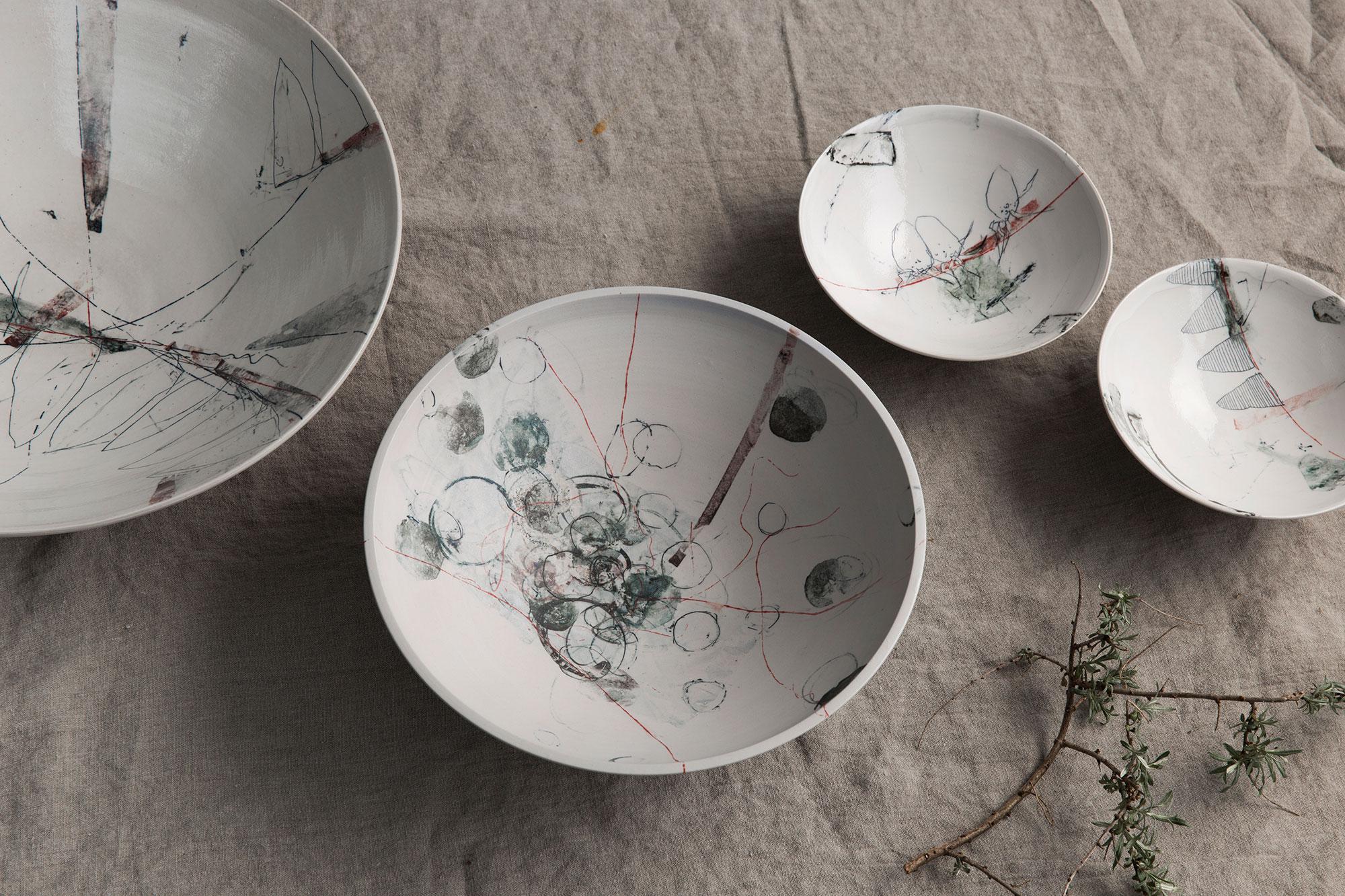 Keramikschalen mit Porzellanoberfläche